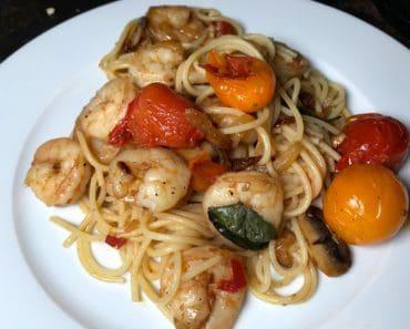 Reker og spagetti med chili, hvitløk og ingefær