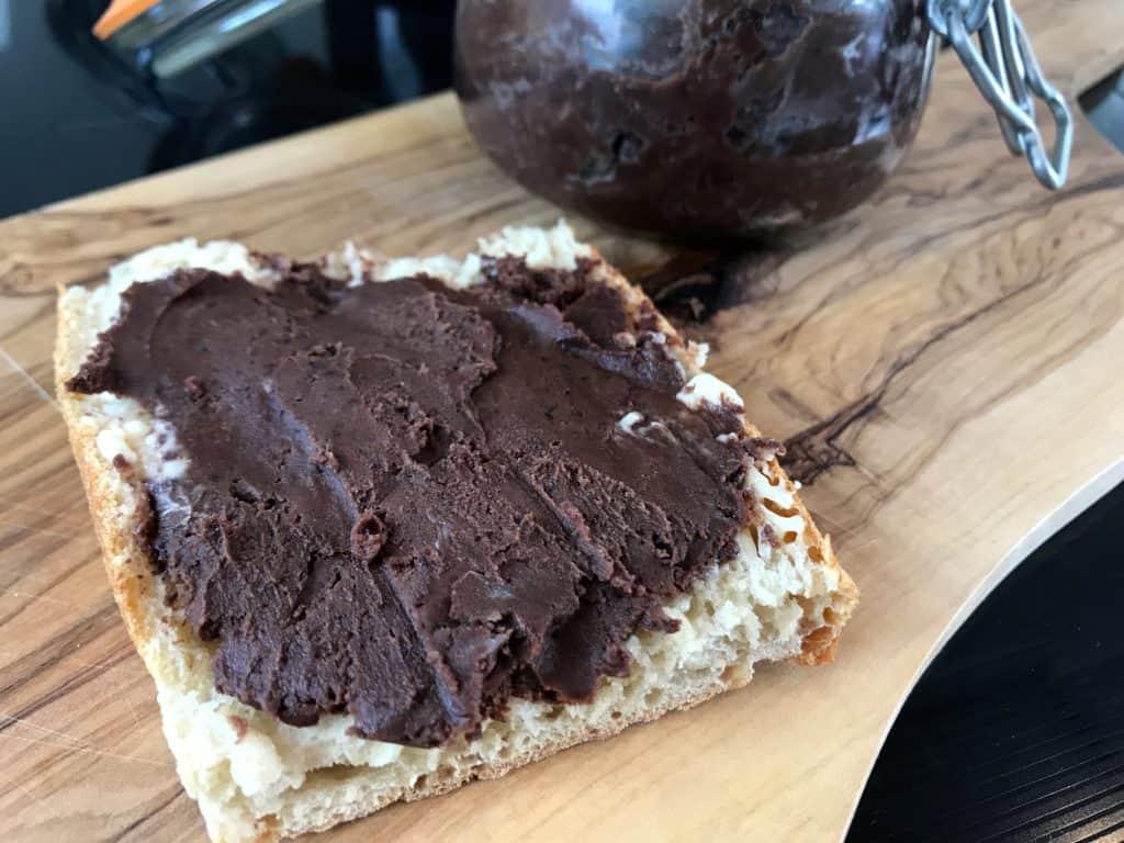 hjemmelaet sjokoladepålegg